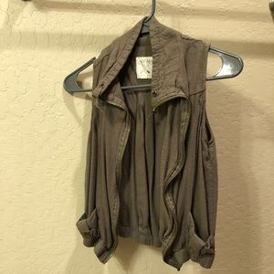 Army green light weight vest